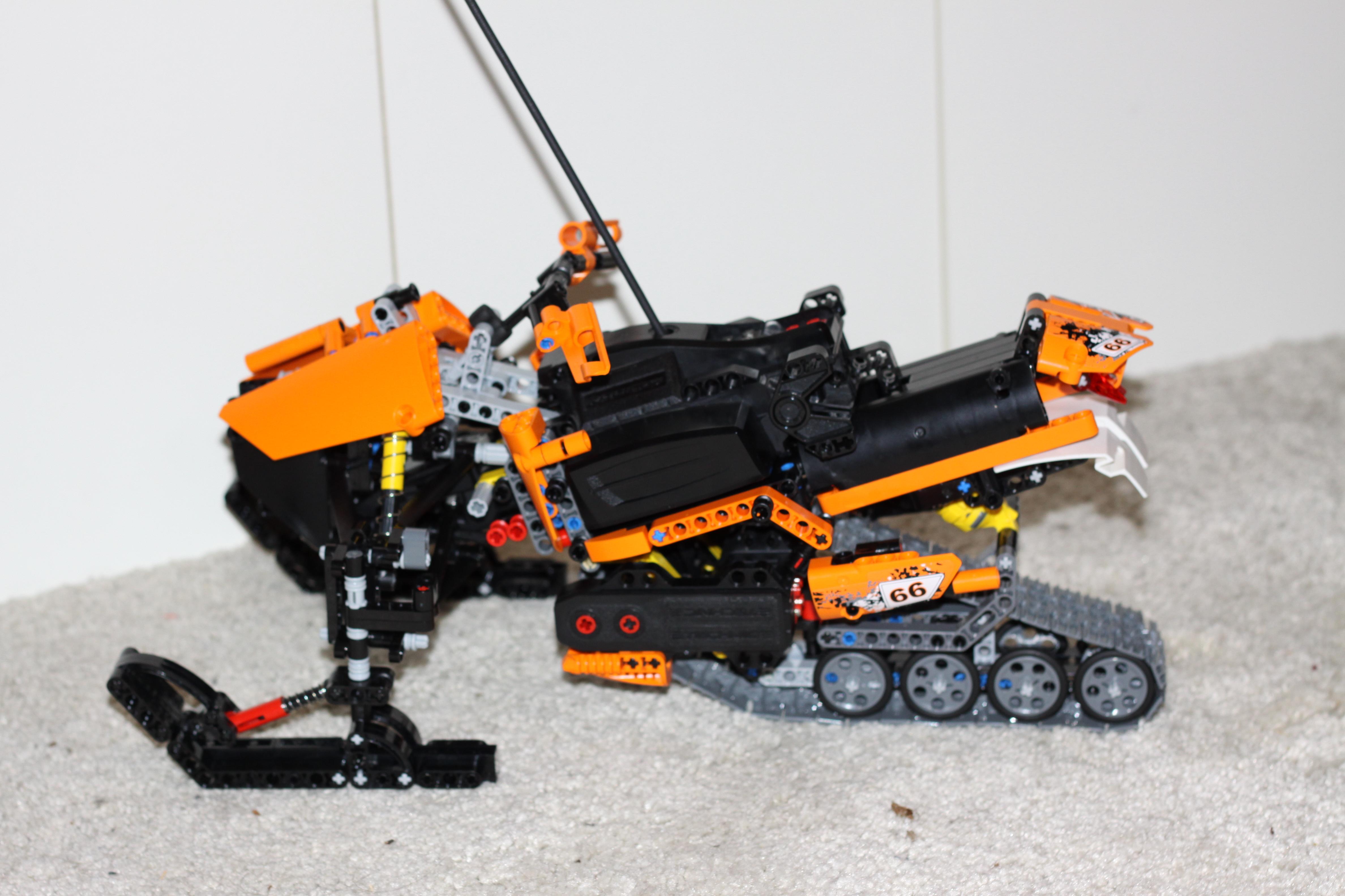 RC Snowmobile - Bricksafe