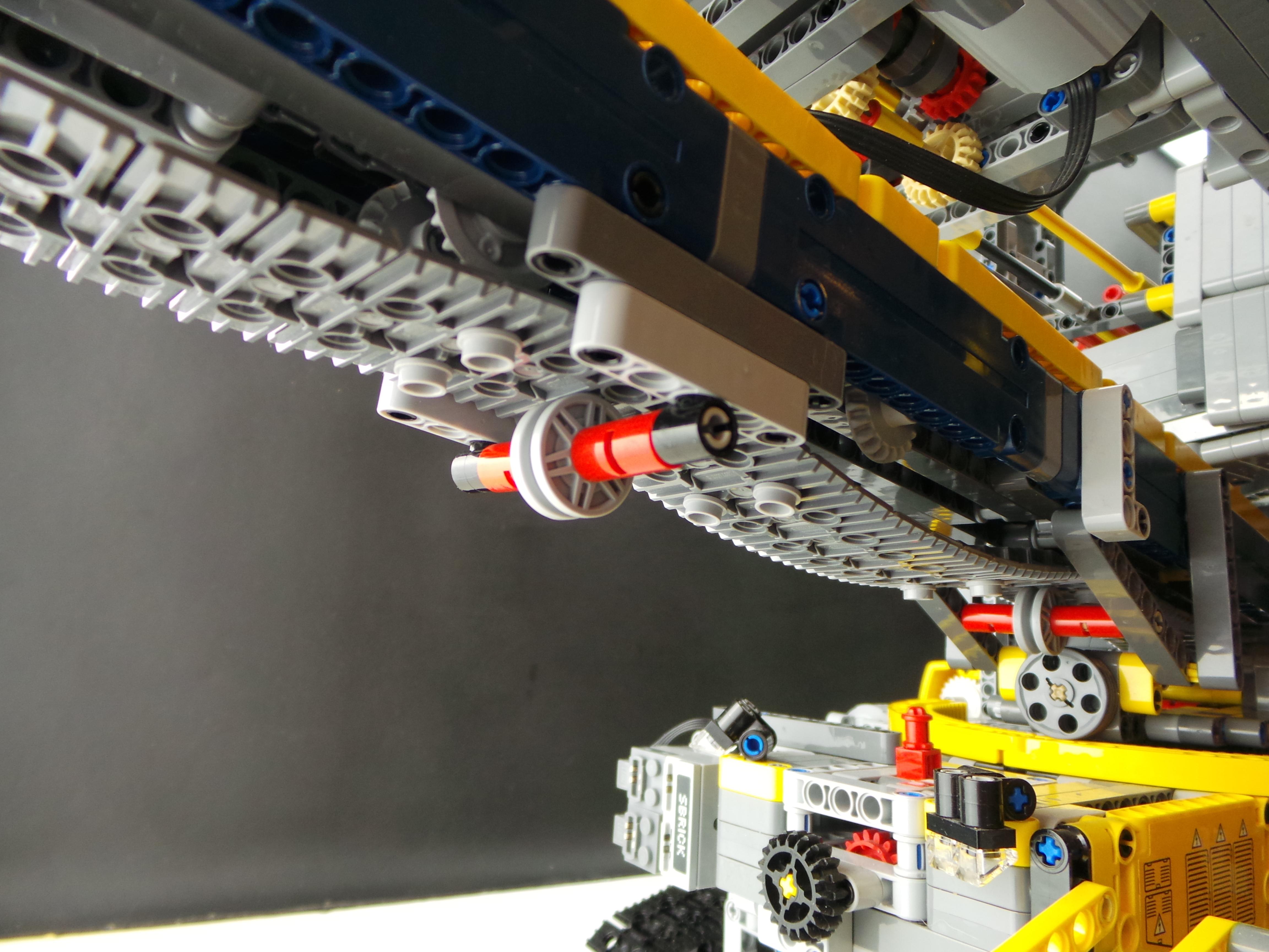 Lego Technic Bucket Wheel Excavator MOD 2 Outfeed Conveyor
