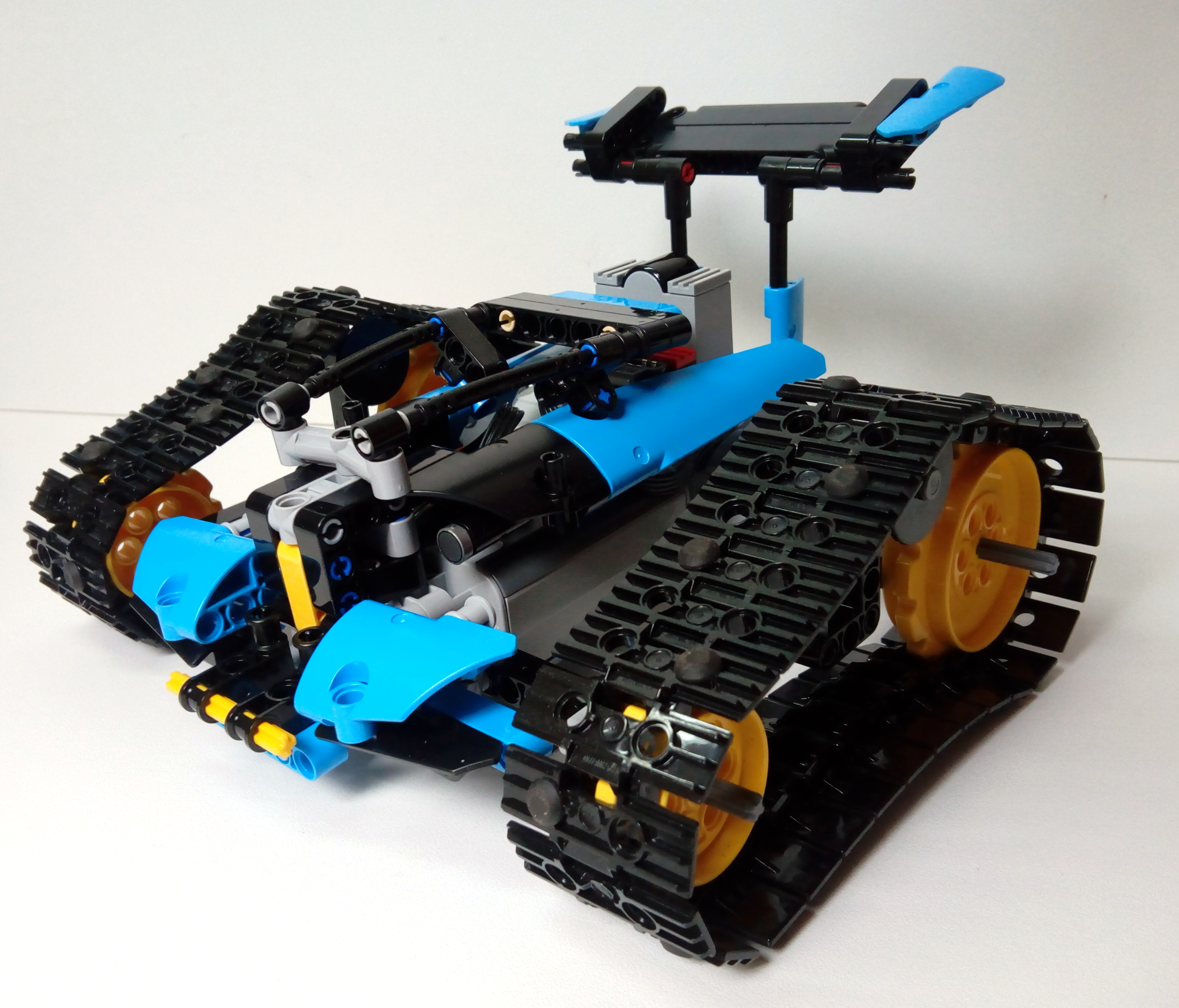 Review: 42095-1 Remote-Controlled Stunt Racer ...