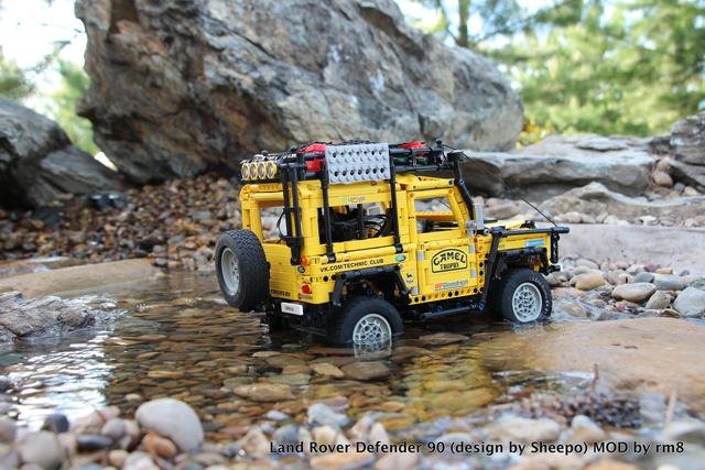 Moc Review Land Rover Defender Map Chassis By Sheepo